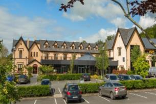 THE LAKE HOUSE - Prices & Guest house Reviews (Cootehill